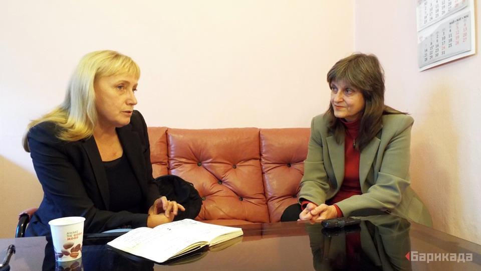 Елена Йончева по време на интервюто, направено от Къдринка Къдринова. Снимка: Барикада