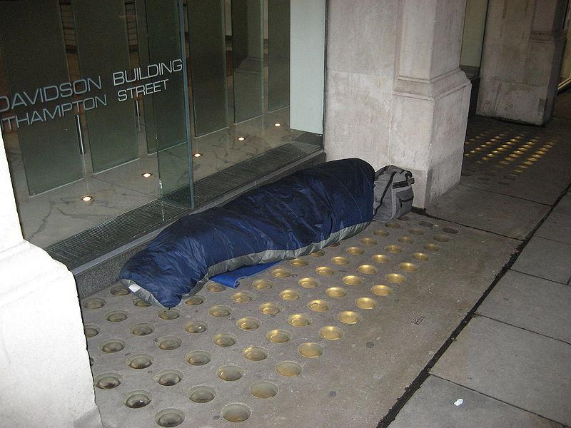 Все повече хора спят по улиците на британските градове. Снимка: Wikimedia Commons