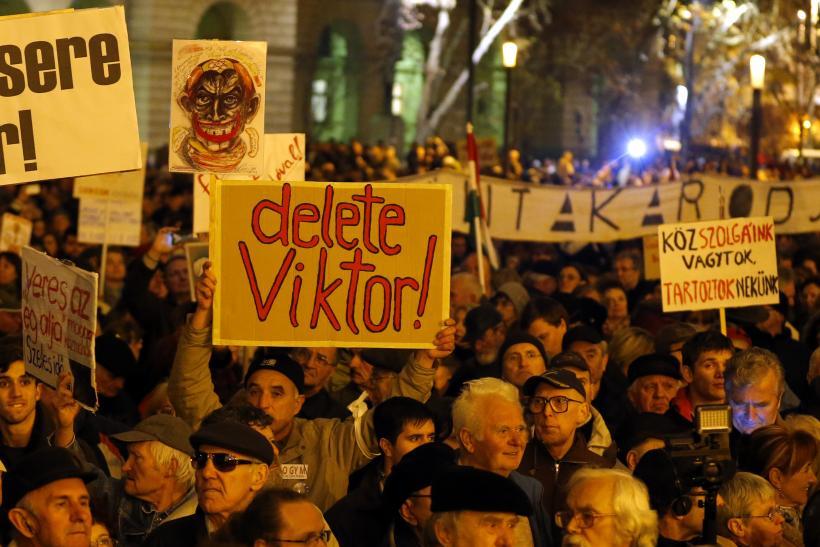 "Протестите срещу ""робския закон"" в Будапеща. Снимка: ibtimes.com"