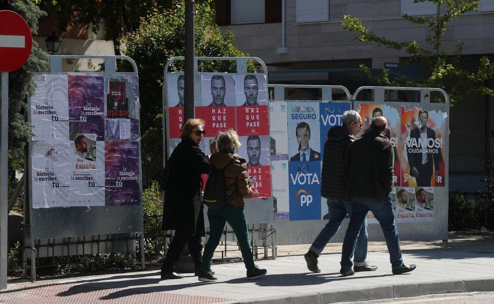 Испанците решават в изборите на 28 април колко плътна ще е сянката на решилия да се завърне франкизъм. Снимка: El Pais