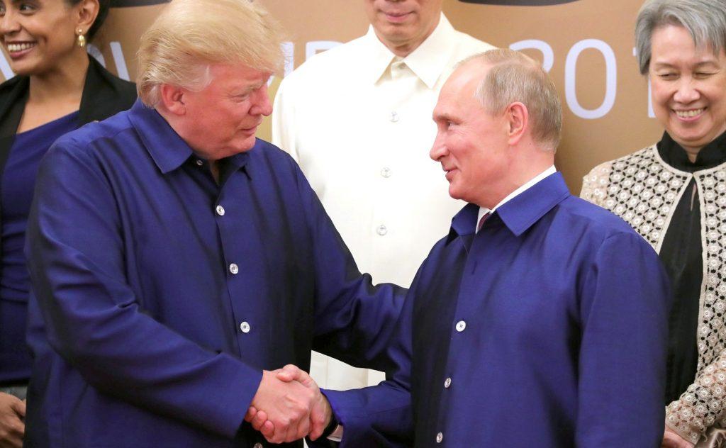 Vladimir_Putin_&_Donald_Trump_at_APEC_Summit_in_Da_Nang,_Vietnam,_10_November_2017