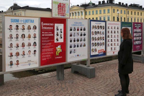 Предизборни табла в Хелзинки. Снимка: EFE
