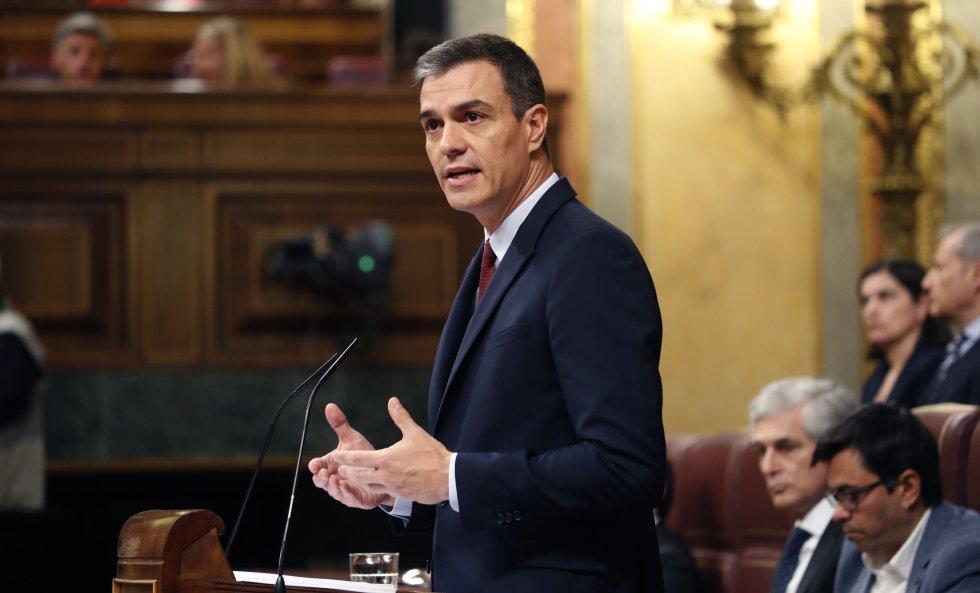 Педро Санчес по време на словото, с което представи премиерската си кандидатура. Снимка: El Pais