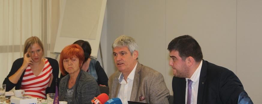 Президентът на КНСБ Пламен Димитров и икономистът Любослав Костов представиха предложенията на синдиката за данъчни промени във връзка с подготовката на Бюджет 2020