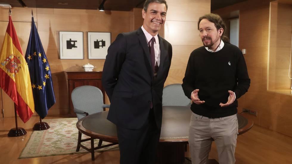 Педро Санчес и Пабло Иглесиас при една от срещите им в парламента. Снимка: El Pais