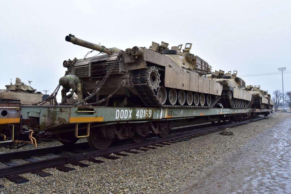Целта на Пентагона е да осигури бързо транспортиране и придвижване из Европа на допълнителни войски, въоръжения и бойна техника. Снимка: defence-blog.com
