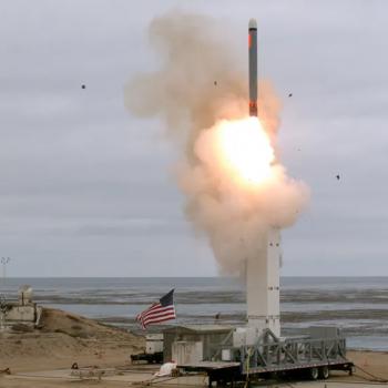 На 18 август Пентагонът извърши тест с вариант на крилатата ракета Tomahawk с наземно базиране. Снимка: Минситерство на отбраната на САЩ.