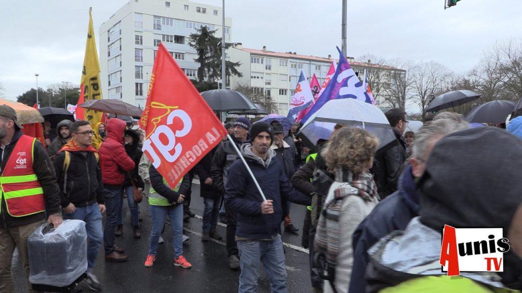 Активистите на CGT, участващи в протестните действия, не показват никаква умора от стачката и са решени да я продължават до победа. Снимка: AunisTV