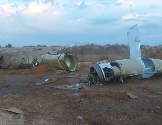 Останки от иранска ракета, паднала в Ирак.