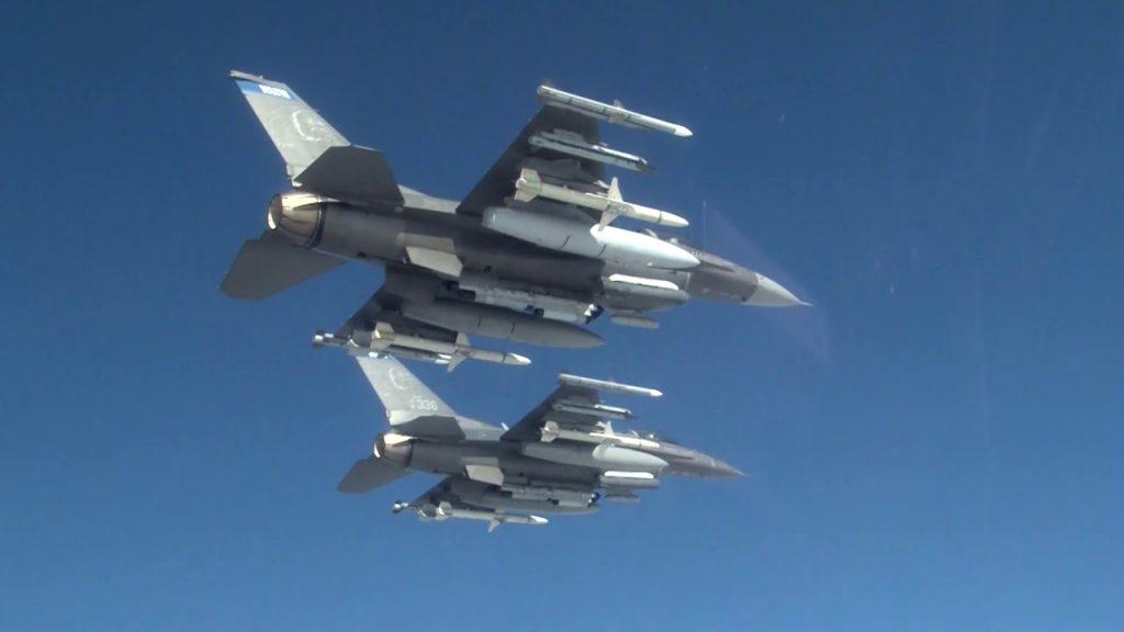 Заради покупката на американските F-16 България се оказа първа в света по увеличение на военните си разходи със 127%. Снимка: YouTube