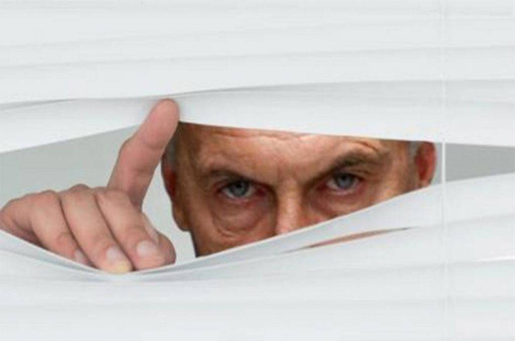 """Еспрезидентът Маурисио Макри явно сега ще трябва да отговаря за манията си """"да държи под око"""" и опоненти, и съмишленици. Снимка: analisisdigital.com.ar"""