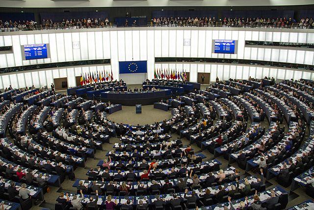 640px-European_Parliament_Strasbourg_2015-10-28_01