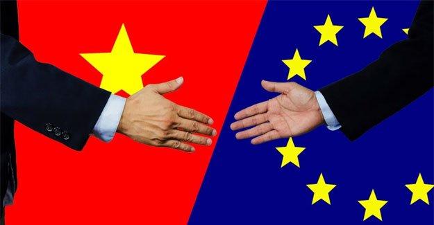 С новите споразумения Виетнам и ЕС си подават ръце за всеобхватно търговско-икономическо сътрудничество. Колаж: Textile-Exellence