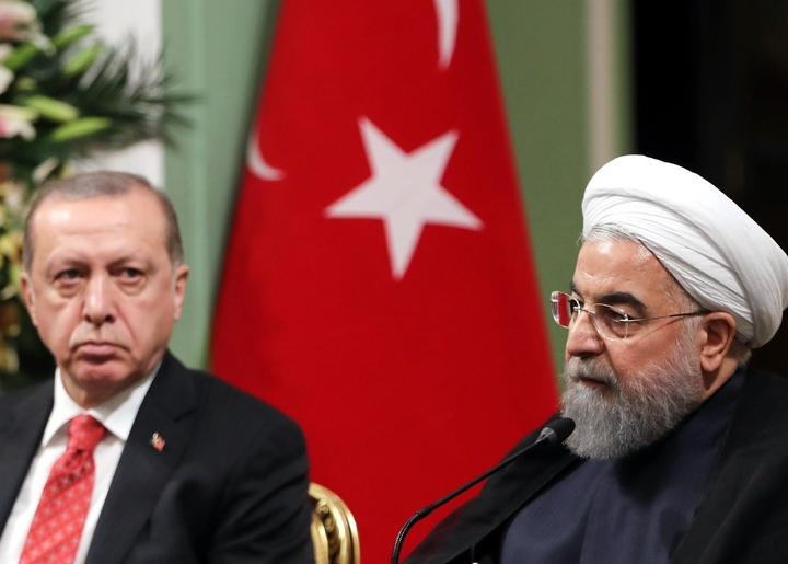 Президентите на Турция и Иран Реджеп Ердоган и Хасан Рухани на двустранна среща през 2018 г.