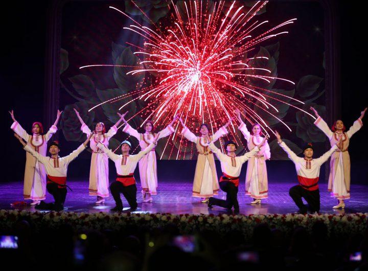 Самодейна виетнамска танцова трупа представи български фолклор