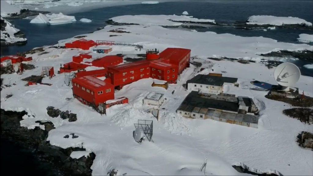 Чилийската база в Антарктида се държи от армията на тази страна. Снимка: YouTube
