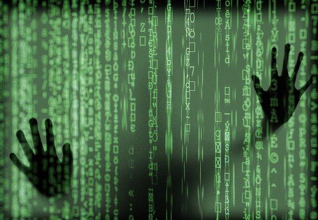 hacker-4031973_640