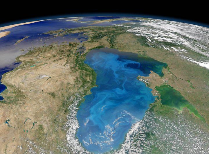 Сателитна снимка на Черно море, Крим и целия регион. Снимка: freightlink.co.uk
