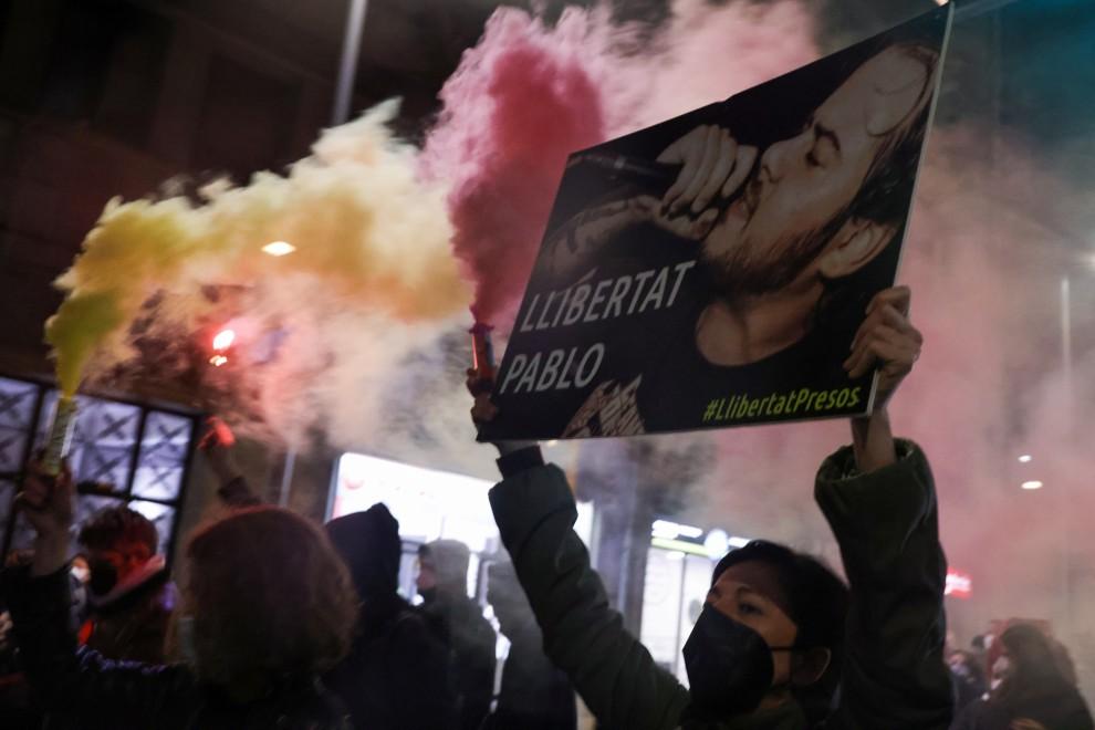 Момент от шествието в Барселона на 16 февруари в защита на Пабло Хасел. Снимка: publico.es