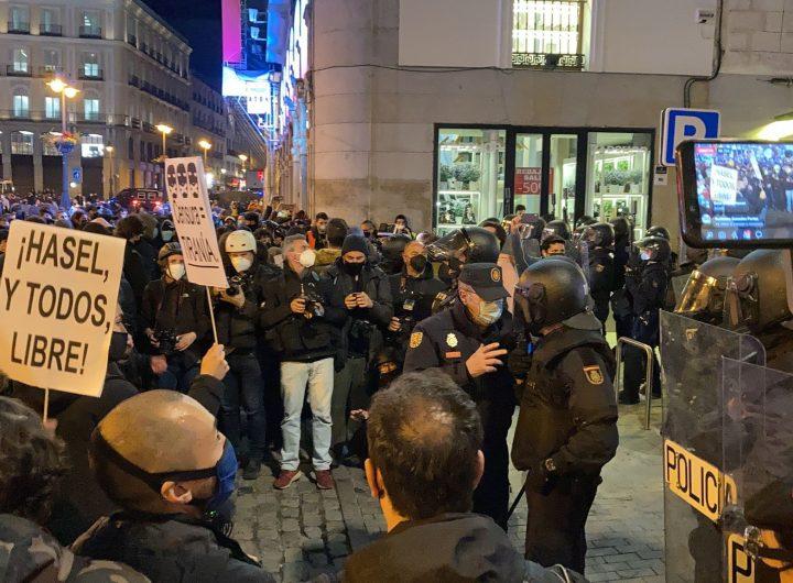 Демонстрация в Мадрид в защита на Пабло Хасел и свободата на изразяване. Снимка: publico.es