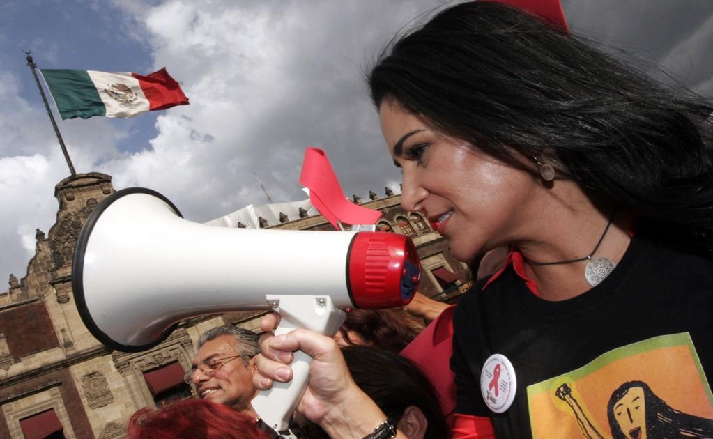Лидия Качо по време на публична проява в защита на правата на жените и децата в центъра на мексиканската столица. Снимка: eluniversal.com.mx