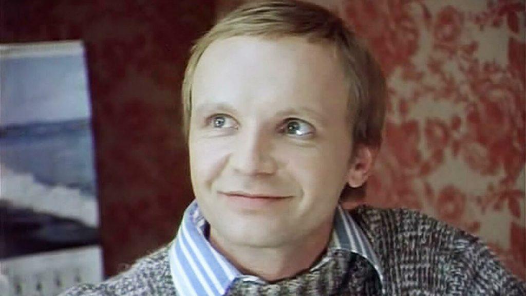 """Андрей Мягков в кадър от филма """"Ирония на съдбата"""""""