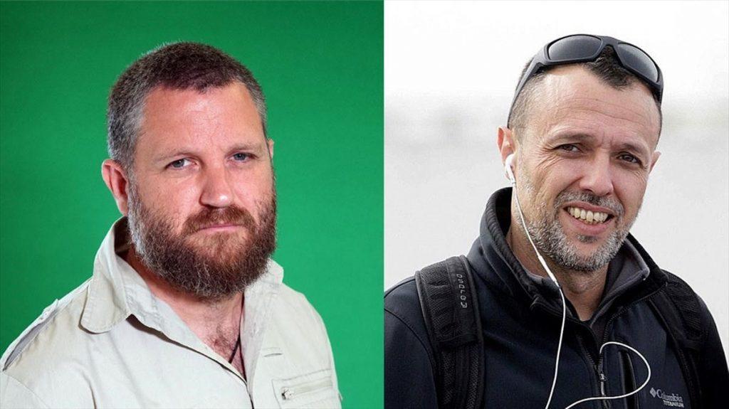 Репортерът Давид Бериаин (вляво) и операторът Роберто Фрайле са работили в тандем в много горещи точки по света. Намериха смъртта си при атака в Буркина Фасо на 26 април т. г. Снимка: elperiodico.com
