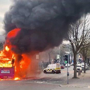 h6-unionists-riot-belfast-brexit-stokes-divisons