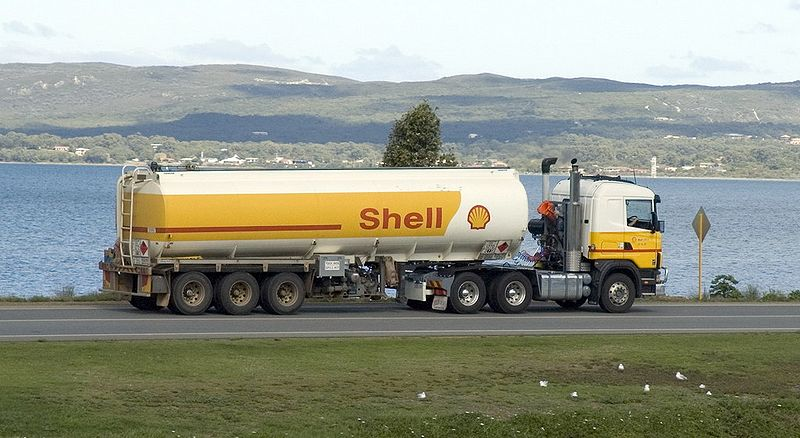 800px-Shell_tanker_truck