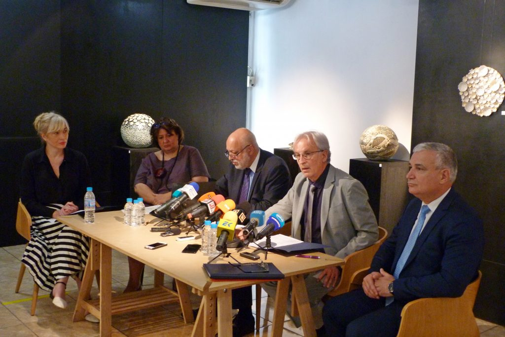 По време на пресконференцията на проф. Велислав Минеков. Снимка: министерство на културата