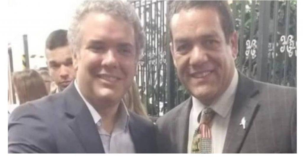 Колумбийският президент Иван Дуке и венесуелският опозиционер Антонио Емануел Интраиго Валера, собственик на фирмата, наела колумбийските убийци на хаитянския президент. Снимка: Туитър