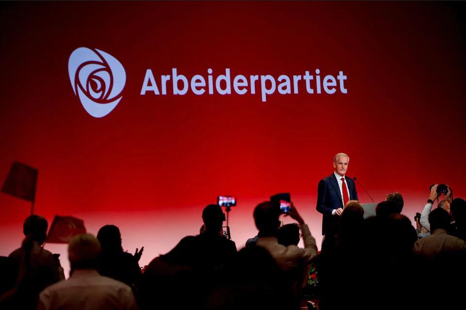 Лидерът на норвежките лейбъристи Йонас Гахр Стрьоре. Снимка: Ройтерс