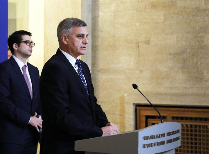 Премиерът Стефан Янев и вицепремиерът Атанас Пеканов разказаха на брифинг в МС за националния план за възстановяване и устойчивост. Снимка: gov.bg