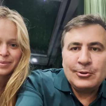 Кадър от съвместното видео на Елизавета Яско и Михаил Саакашвили, разпространено в социалните мрежи